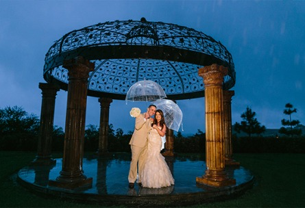 Rainy day couple - Vellano - Chino Hills, California - San Bernardino County - Wedgewood Weddings