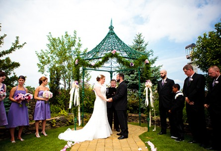 Romantic vows - Granite Rose - Hampstead, New Hampshire - Rockingham County - Wedgewood Weddings
