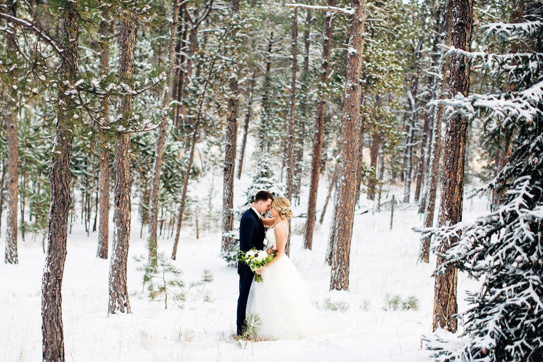 Snowy Winter wedding - Black Forest - Colorado Springs, Colorado - El Paso County - Wedgewood Weddings