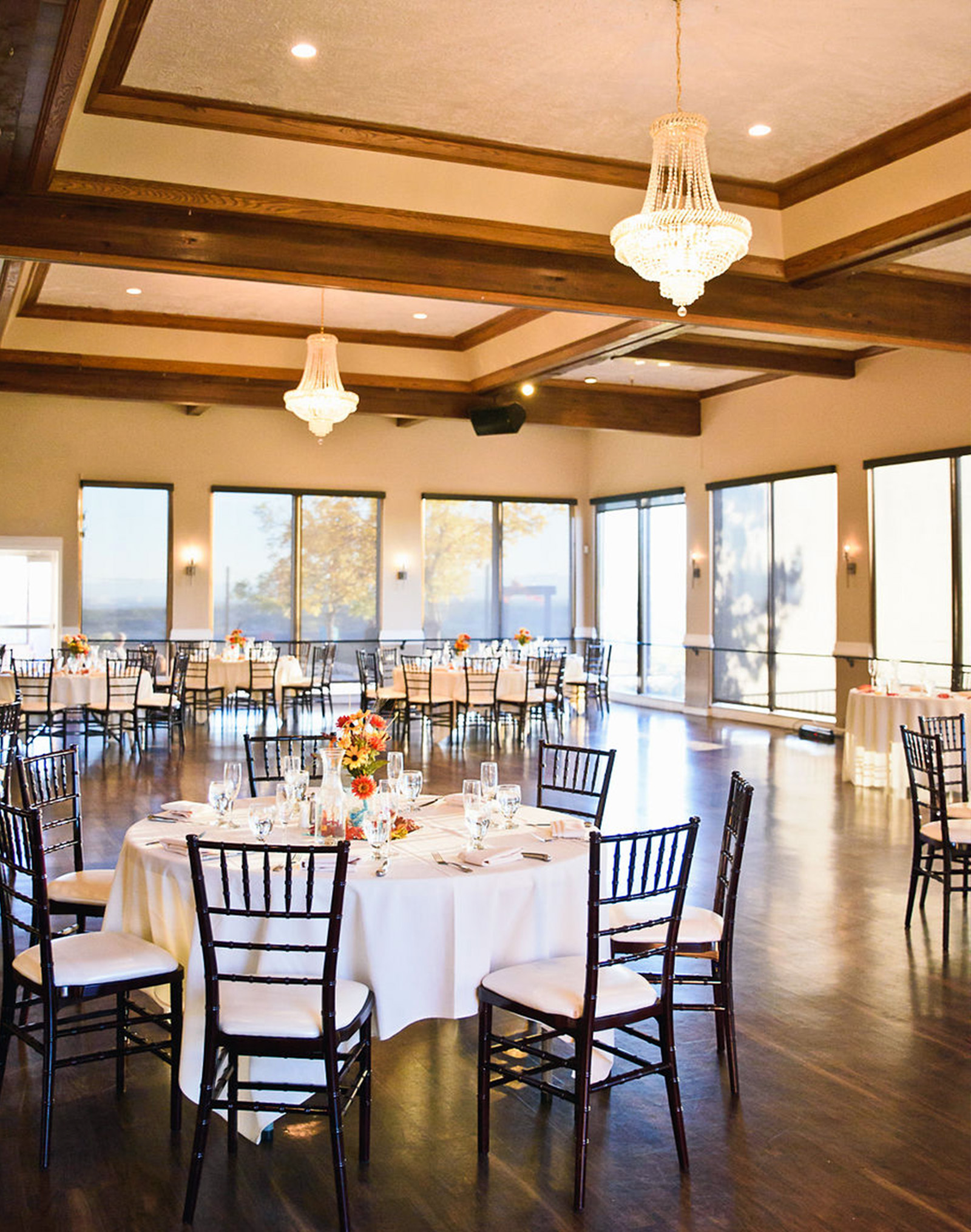 Banquet Room - Brittany Hill - Thornton, Colorado - Adams County - Weld County - Wedgewood Weddings