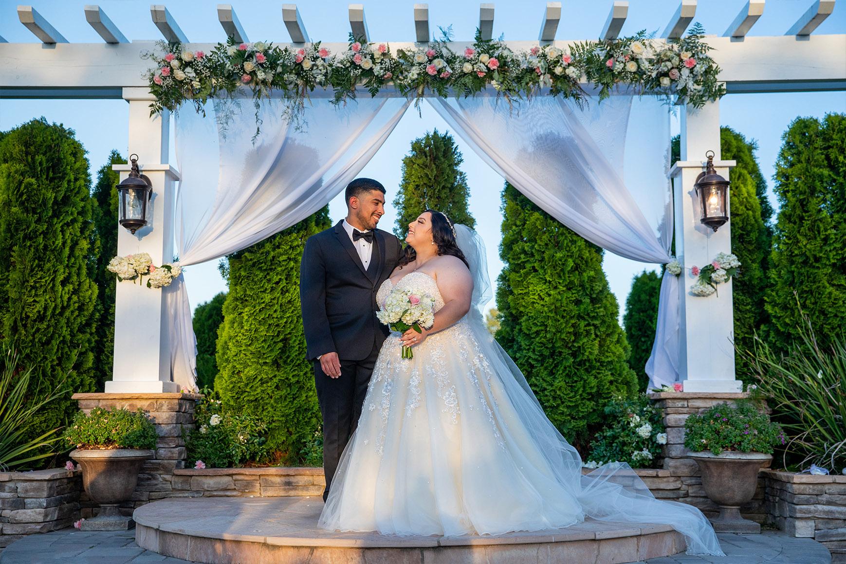 Happy Newlyweds - Eagle Ridge - Gilroy, California - Santa Clara County - Wedgewood Weddings