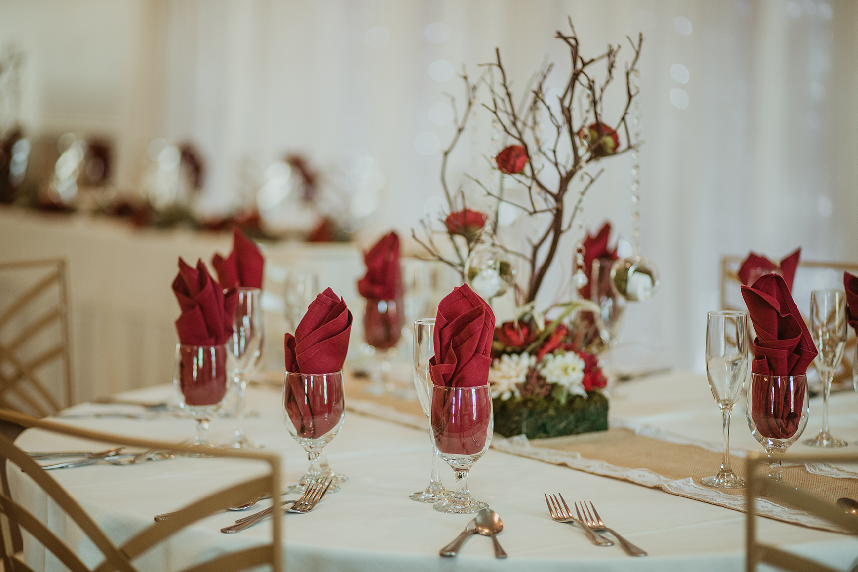 Festive table setting - Fresno - Fresno, California - Frenso County - Wedgewood Weddngs