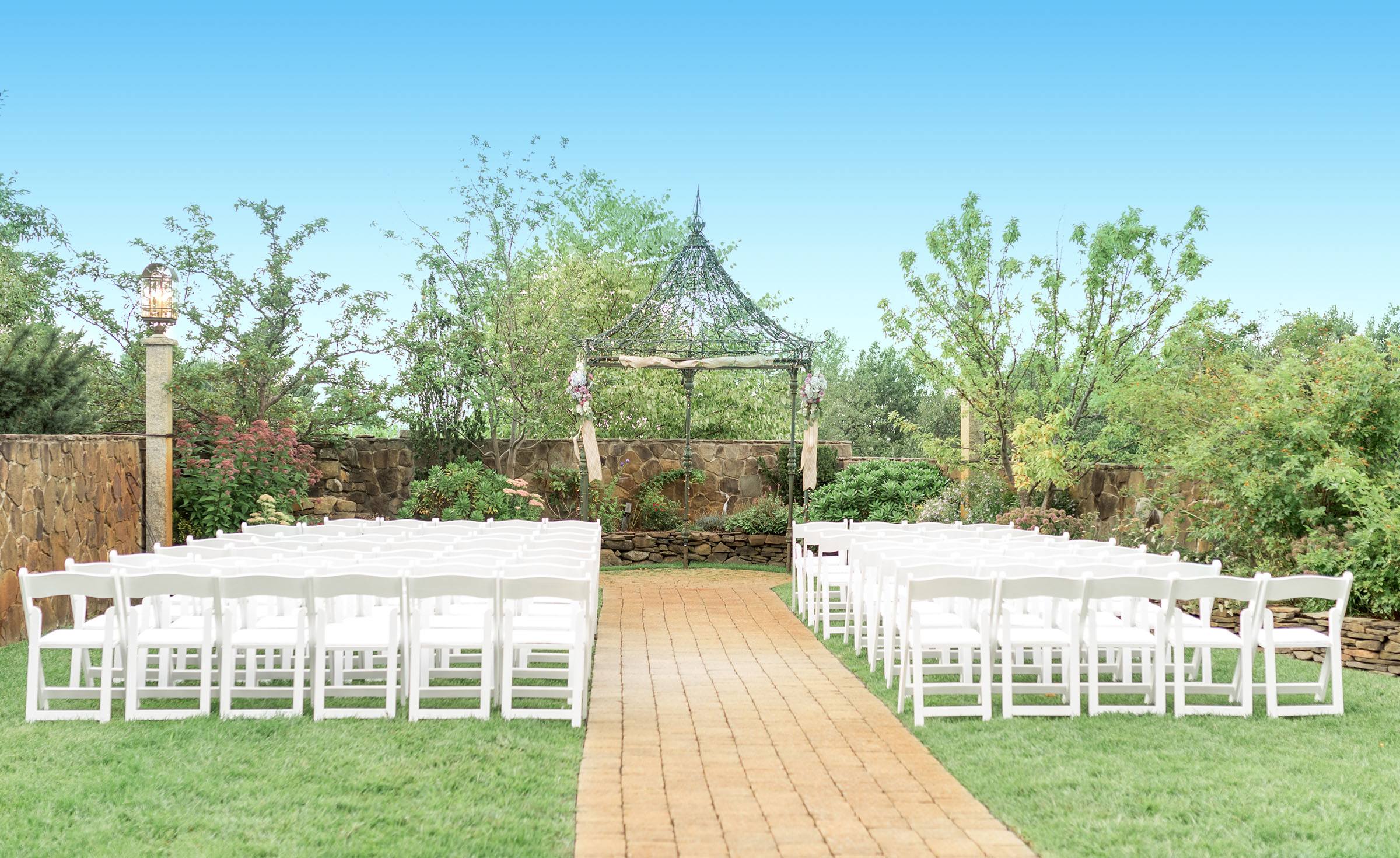 Outdoor Ceremony - Granite Rose- Hampstead, New Hampshire - Rockingham County - Wedgewood Weddings