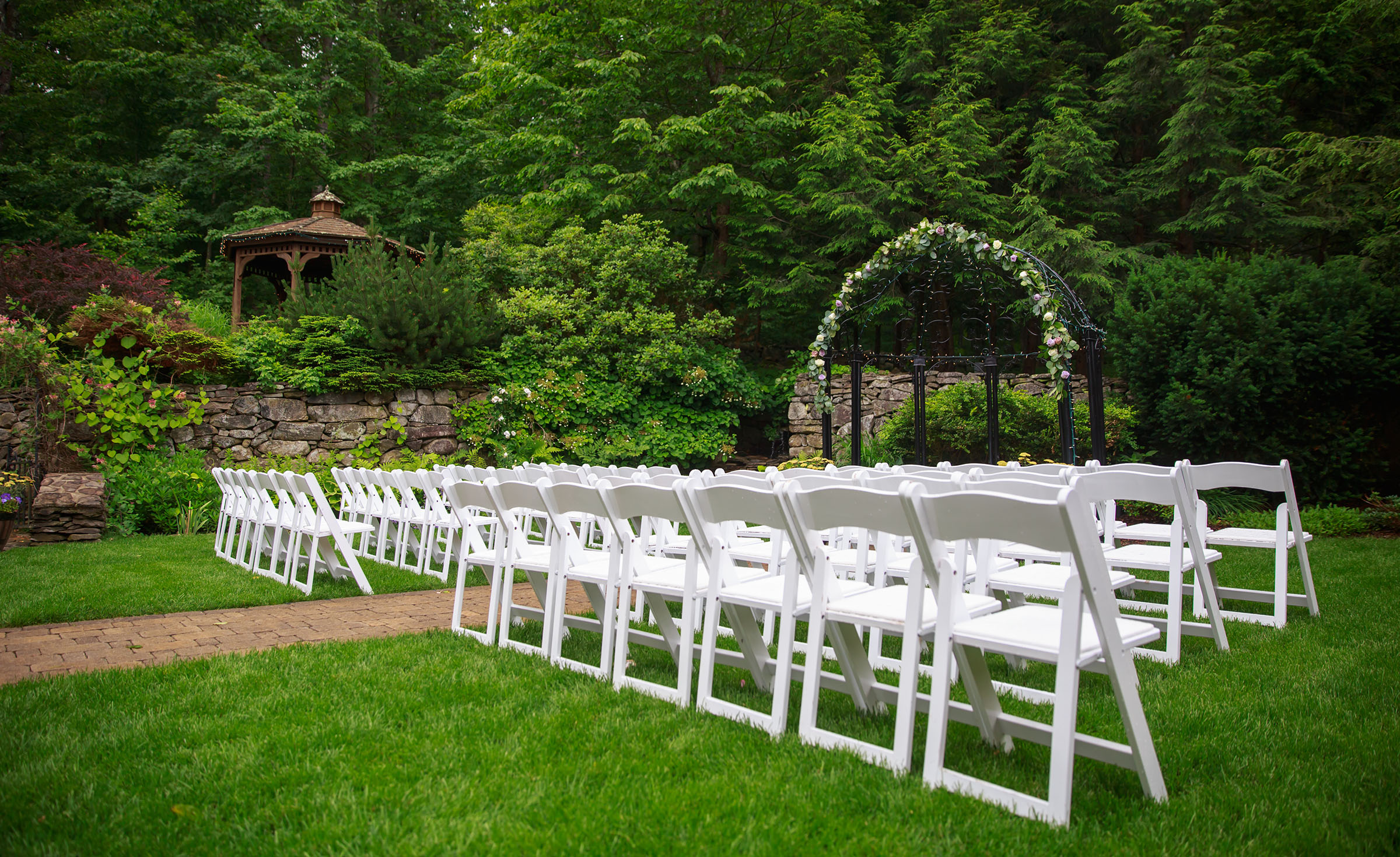 Outdoor Ceremony - Granite Rose- Hampstead, New Hampshire - Rockingham County - Wedgewood Weddings