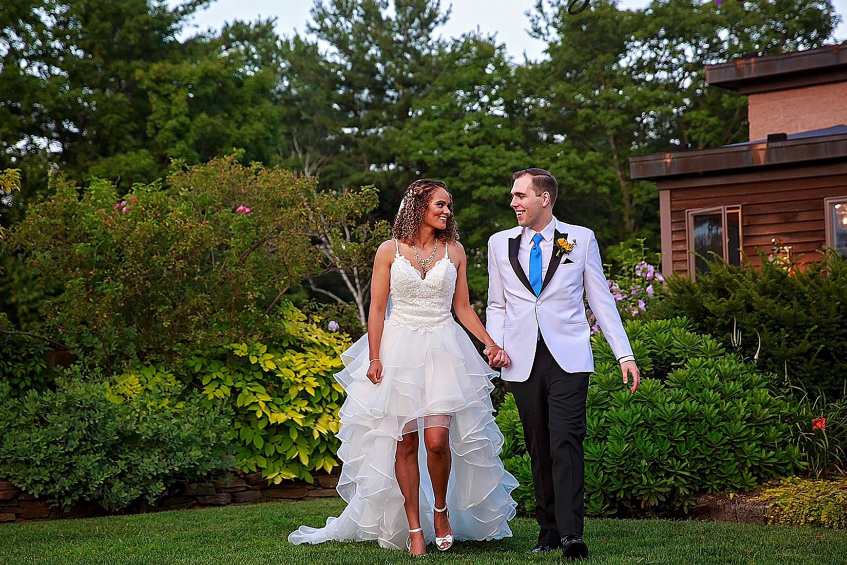 Romantic bride and groom - Granite Rose - Hampstead, New Hampshire - Rockingham County - Wedgewood Weddings