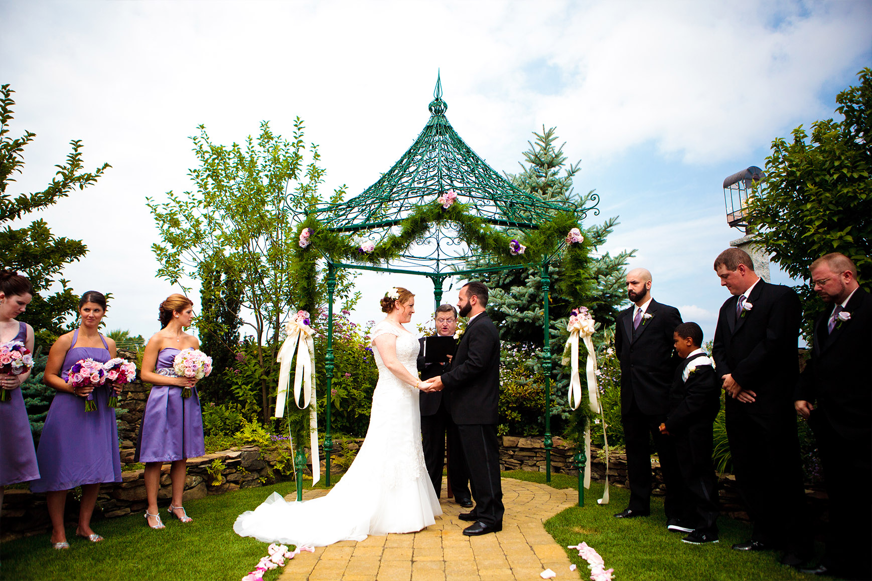 Lovely ceremony - Granite Rose - Hampstead, New Hampshire - Rockingham County - Wedgewood Weddings