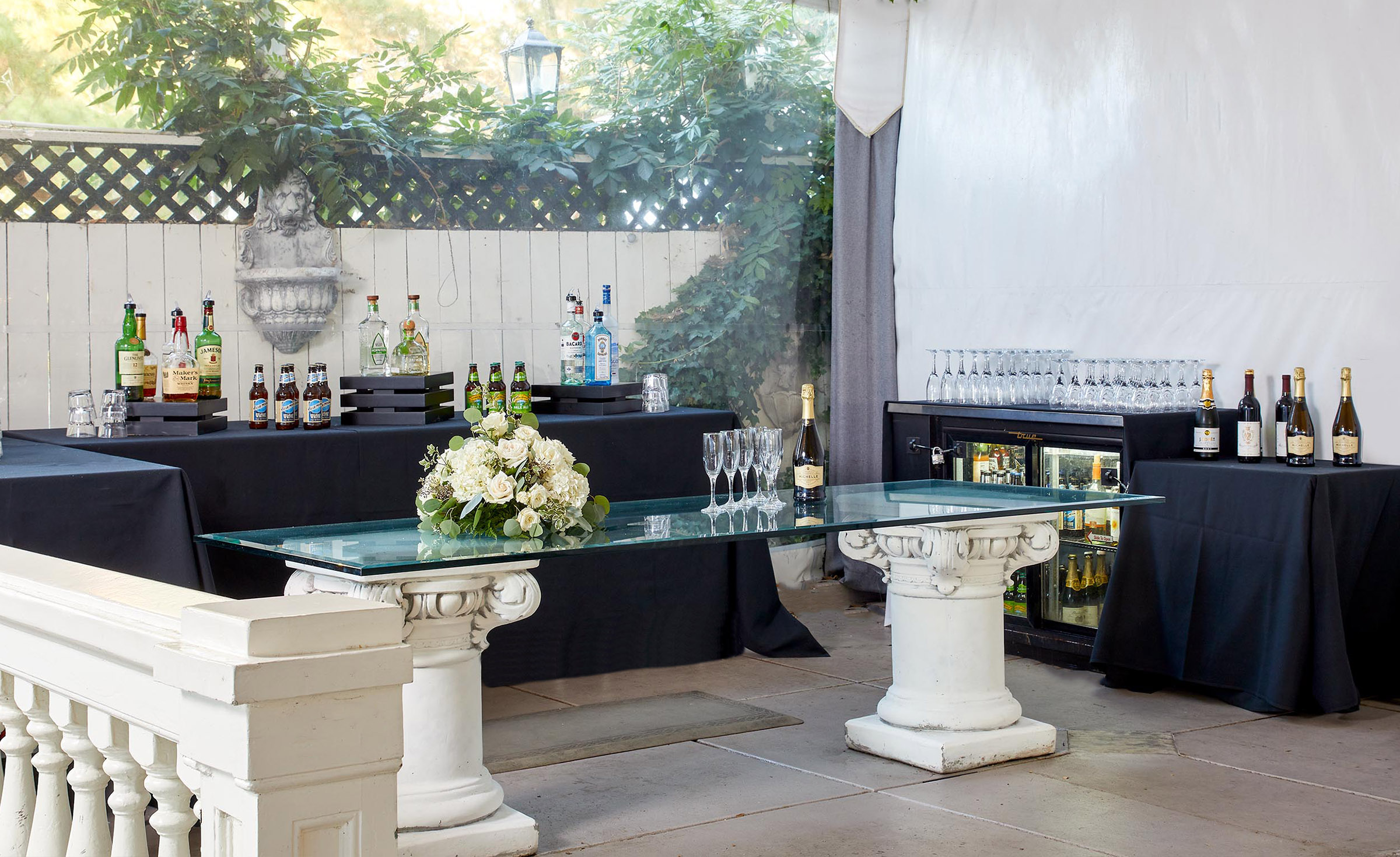 Cocktail bar - Jefferson Street Mansion - Benicia, California - Solano County - Wedgewood Weddings
