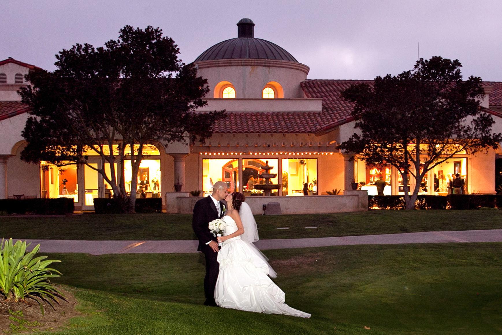 Sunset Walk at Wedgewood Weddings Sterling Hills – Ventura County