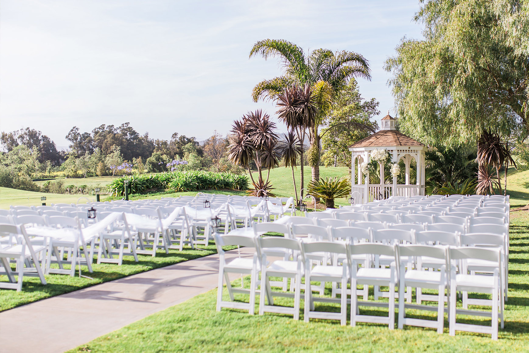 Ceremony Site set amoungst a lush garden - Sterling Hills - Camarillo, California - Ventura County - Wedgewood Weddings