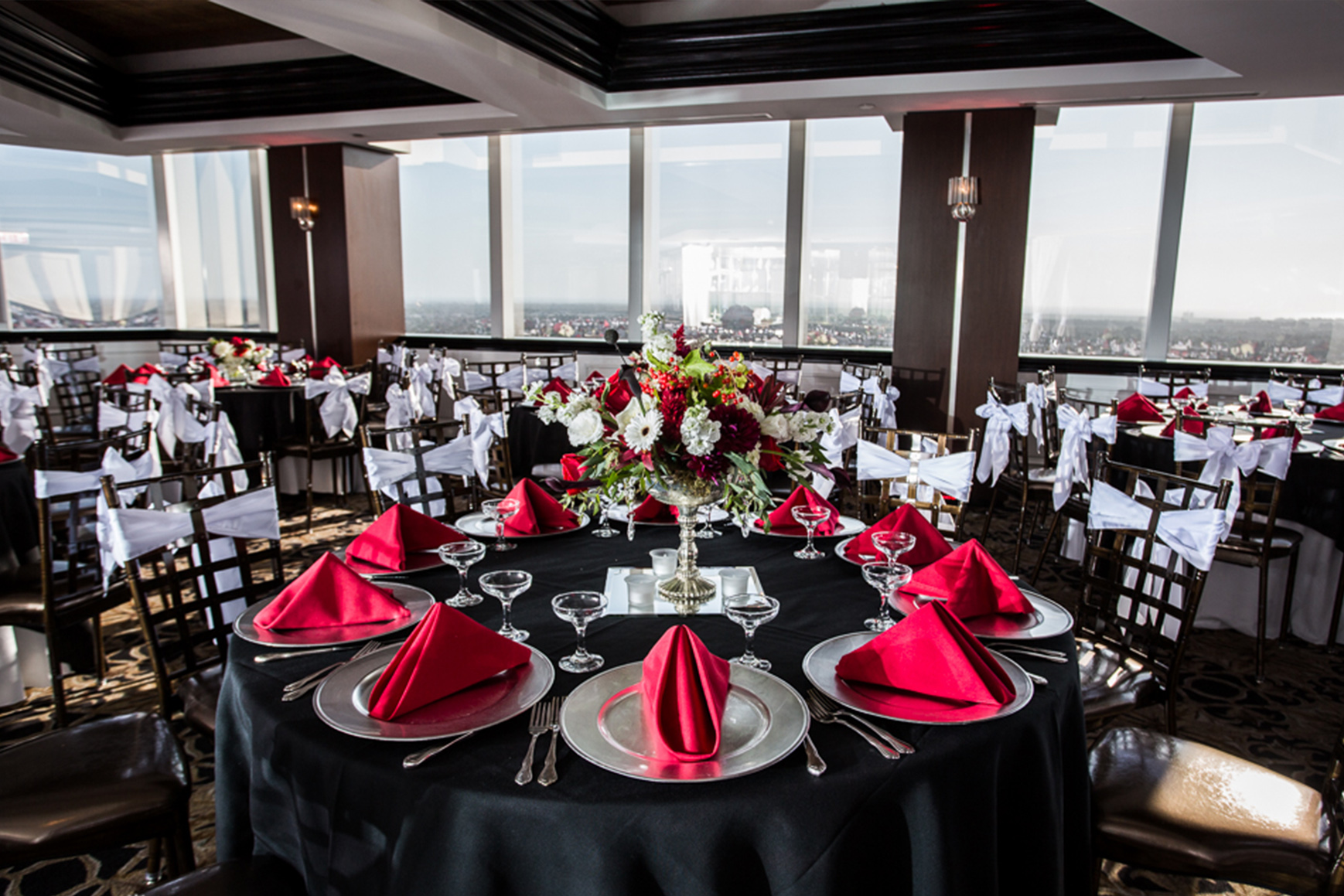 Pacific View Tower Club - Oxnard, California - Ventura County - Bride and Groom - Wedgewood Weddings