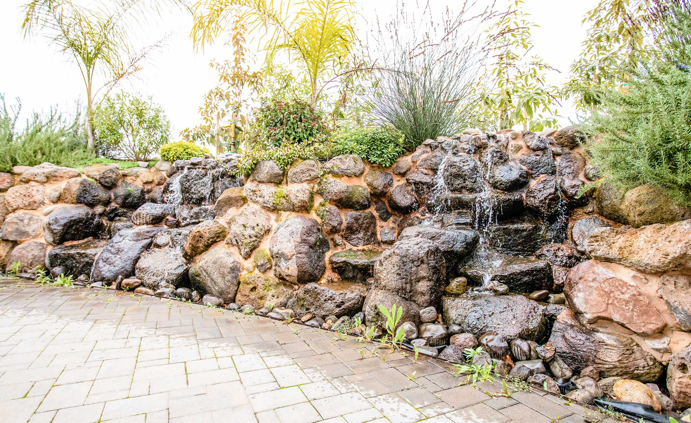 Outdoor waterfall feature - Union Brick - Roseville, California, Placer County - Wedgewood Weddings
